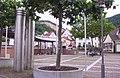 Platz in Dossenheim 01.JPG