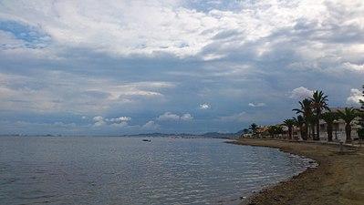 Playa y cielo de Punta Brava.jpg