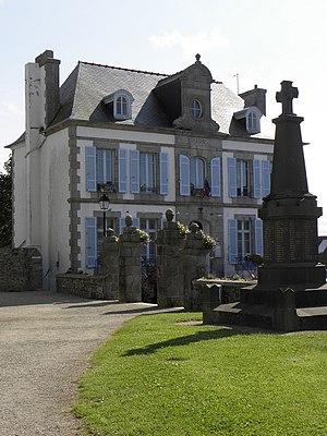 Plounéour-Trez - The town hall in Plounéour-Trez