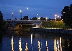 Pokkisenvayla Bridge Oulu 20110827.JPG