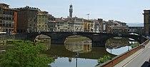 Ponte santa trinita view.JPG