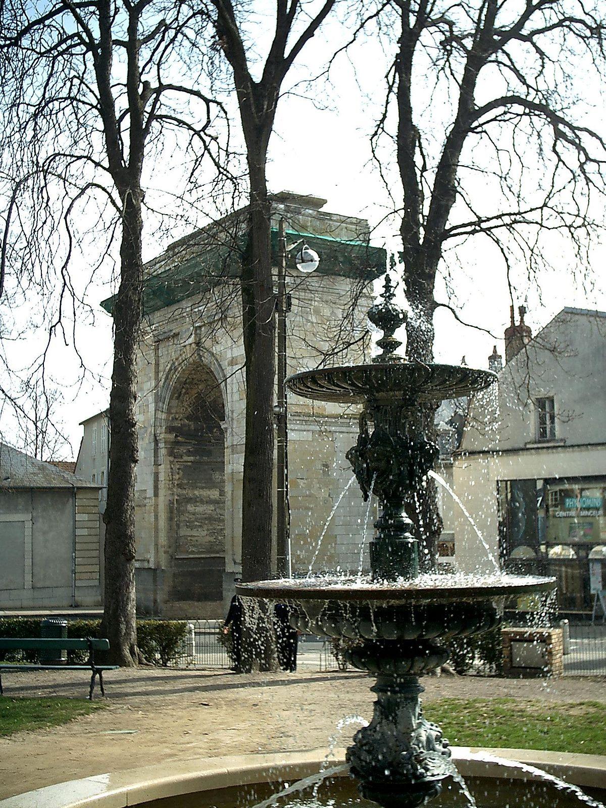 Nevers wikip dia a enciclop dia livre - Combien de portes a paris ...