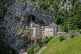 Predjama castle, Slovenia.jpg