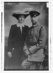 Prince Oscar & wife LCCN2014698169.jpg