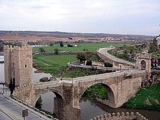 Puente de Alcántara - Image: Puente Alcantara toledo