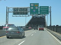 Southbound at the span over the Passaic River.