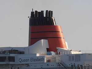 Queen Elizabeth' Funnel Tallinn 10 June 2012.JPG