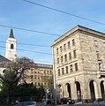 Rathaus mit Grundriss in H-Form - panoramio (1).jpg