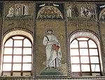 Ravenna, sant'apollinare nuovo, int., santi e profeti, epoca di teodorico 16.JPG