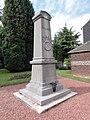 Recquignies (Nord, Fr) monument aux morts A.JPG