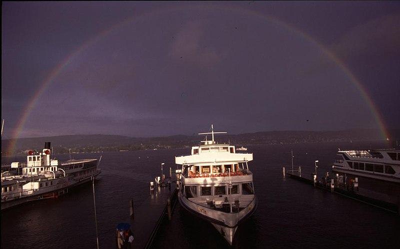 File:Regenbogen Zürichsee.jpg