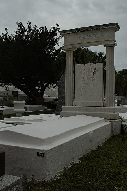 Gravesite in St. Mark's church cemetery in Bermuda Reginald Aubrey Fessenden's gravesite June 2012.jpg