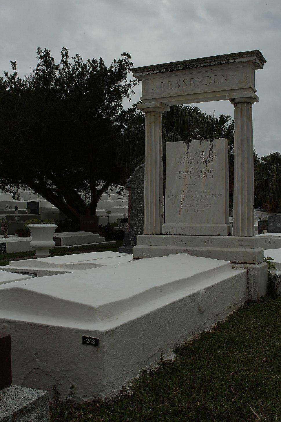 Reginald Aubrey Fessenden's gravesite June 2012