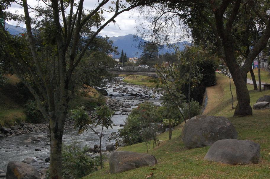 Rio-tomebamba-centro-cuenca