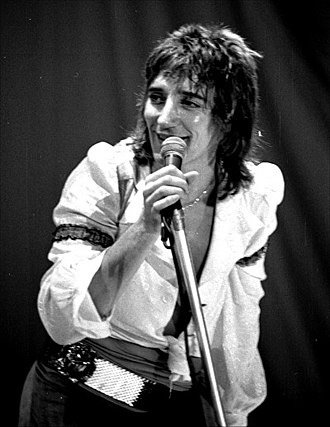 Rod Stewart - Stewart performing in Oslo in November 1976