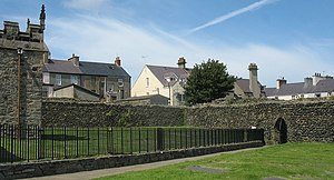 Caer Gybi (fort) - Image: Roman Wall around the site of St Cybi's Church geograph.org.uk 1414149