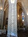 Rouffignac-Saint-Cernin église pilier torsadé.JPG