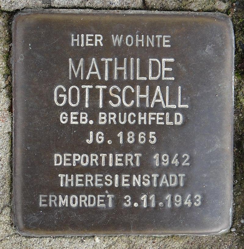 Ruesselsheim am Main Stolperstein Schäfergasse 20 Mathilde Gottschall.jpg