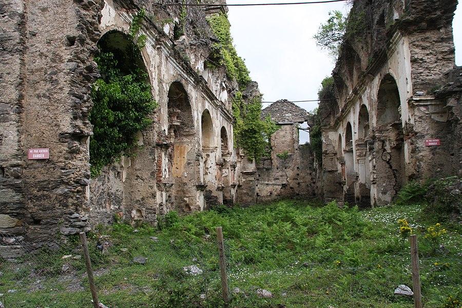 Ruine Église
