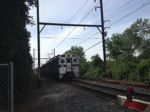 West Trenton Line (SEPTA) - Outbound train on the West Trenton Line between the Meadowbrook and Bethayres stations