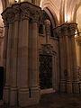 Sagrada-Familia - Krypta - Tür.JPG