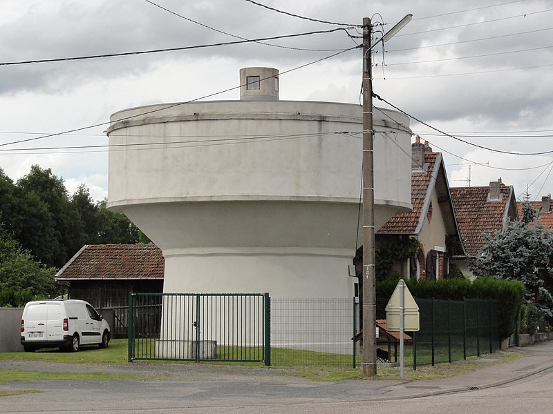 Saint-Clément (M-et-M) château-d'eau