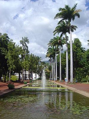 Jardin de l'État - Waterway in the Jardin de l'État.