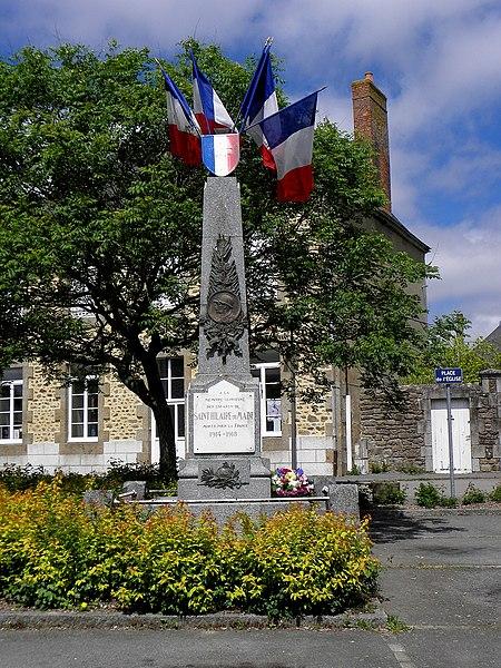 Monument aux morts de Saint-Hilaire-du-Maine (53).