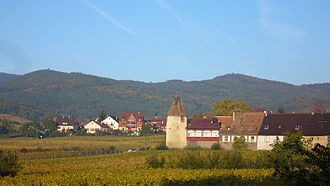 Saint-Hippolyte, Haut-Rhin - Saint-Hippolyte, with the round Stork Tower