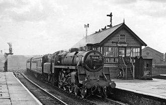 Salford Central railway station - Eastbound ECS entering the station in 1959