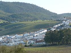 """Vista actual deSan José del Valle,en cuyo término fue encontrado el cadáver de """"El Blanco deBenaocaz"""", uno de los crímenes atribuidos a La Mano Negra."""