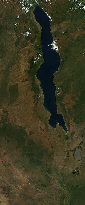 Outline of Malawi - An enlargeable satellite image of Malawi
