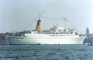 MV Kungsholm (1965) - Sea Princess in Venice, Italy 1986.