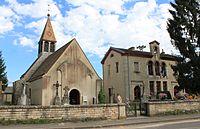Sennecey-les-Dijon - Eglise et Mairie - 1.JPG