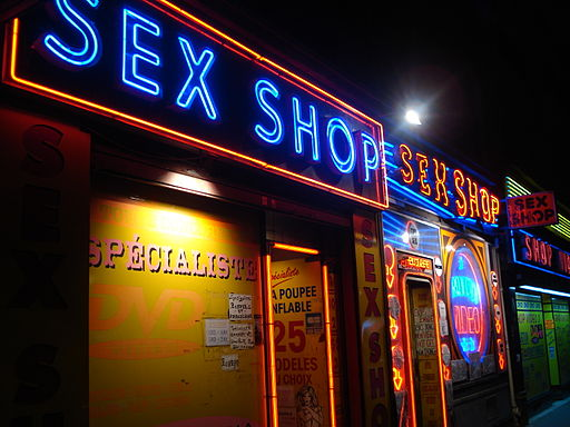Sex shops (Paris)-01