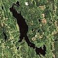 Sherbrooke Lake (Lunenburg, Nova Scotia).jpg