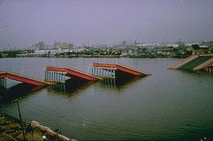 1964 Niigata earthquake - Collapse of the Showa bridge, Niigata caused by the earthquake