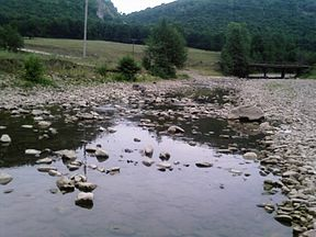Sikasya River on outskirts Makarovo.jpg