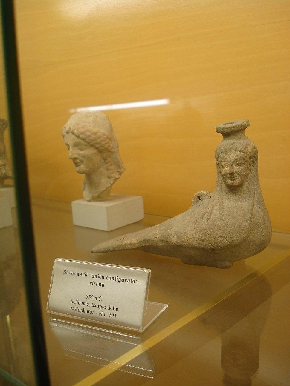 Sirena, 550 a.C. - da Selinunte - Foto di G. Dall'Orto