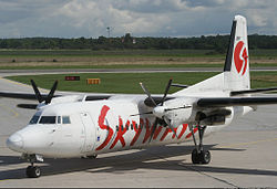 Fokker 50 der Skyways Express