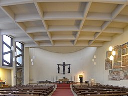 St.-Ansgar-Kirche Altarraum.JPG