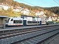 Stadler Regio-Shuttle RS1 der Ortenau-S-Bahn Bahnhof Hornberg.jpg
