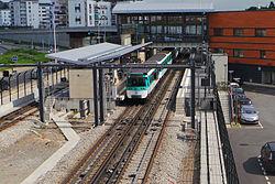 Пуэнт-дю-Лак (станция метро)