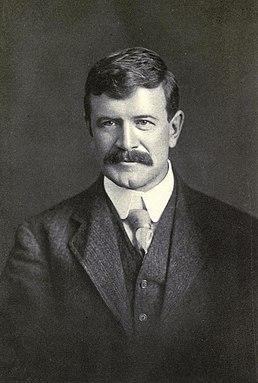Stephen Leacock writer and economist