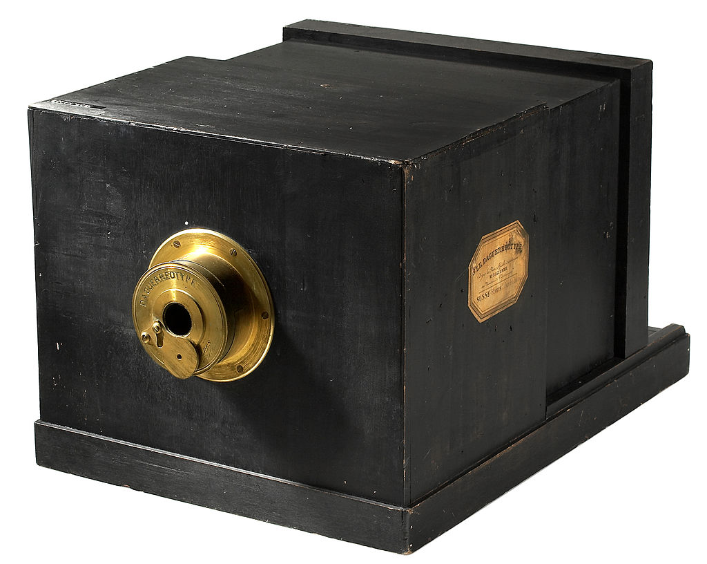 Early Daguerreotype camera