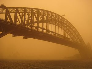 2009 Australian dust storm - View of Sydney Harbour Bridge covered in dust.