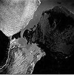 Taku and Norris Glacier, terminus of tidewater and valley glaciers, August 30, 1974 (GLACIERS 6218).jpg