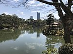 Takueichi Pond in Shukkei Garden 7.jpg