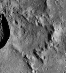 坦普尔陨石坑