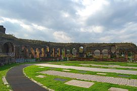 The Amphitheatre of Santa Maria Capua Vetere 010.jpg
